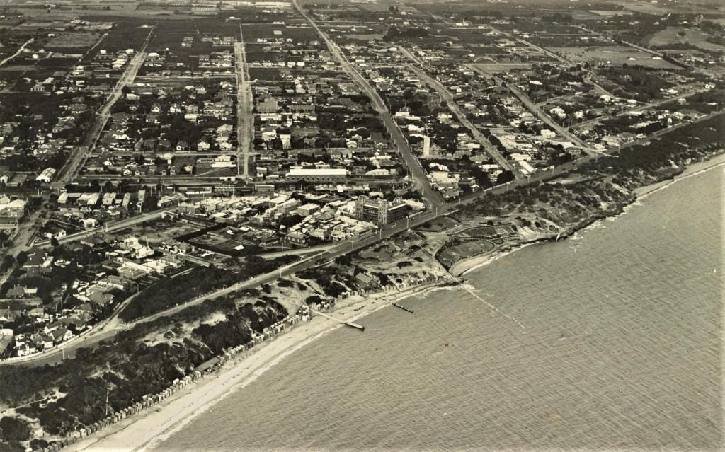 Sandringham degraded foreshore 1921 Source: WH Hansom SLVic