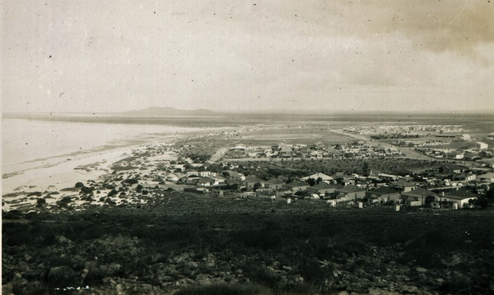 View of Whyalla 1941 Stabilised sand dune centre Source: SLSA