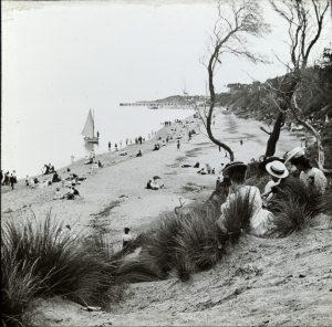 'Beaumaris Beach' approximately 1906-1914 Source: A Fox SLVIC
